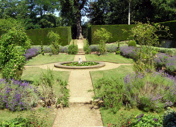 clandon_park_dutch_garden_original